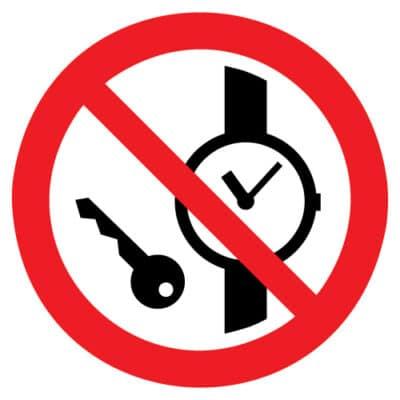 Kleine metalen voorwerpen verboden